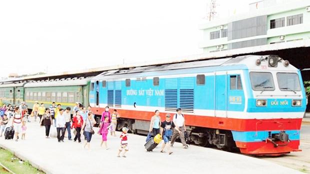 Railway companies hit hard by COVID-19 hinh anh 1