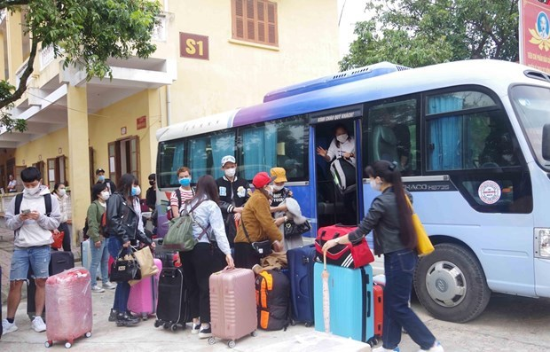 775 people finish quarantine on time for Tet hinh anh 1