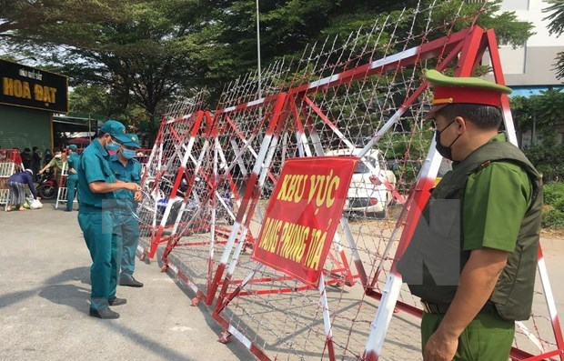 New COVID-19 cases raises national count to 2,109 hinh anh 1