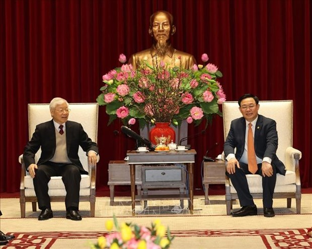 Top leader wishes Hanoi prosperous New Year hinh anh 3