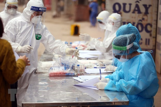 Vietnam records two more COVID-19 cases on February 12 afternoon hinh anh 1