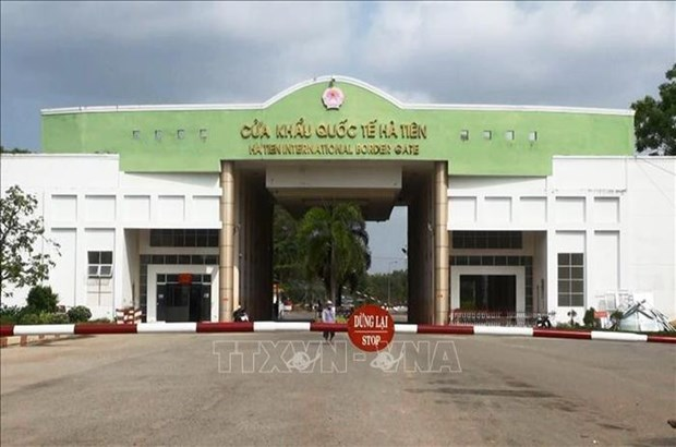 Kien Giang promotes border trade infrastructure connectivity with Cambodia hinh anh 1