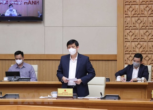 PM requests purchasing COVID-19 vaccine in February hinh anh 3