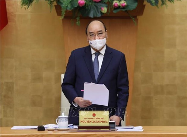 PM urges officials, public employees to focus on work right after Tet hinh anh 1