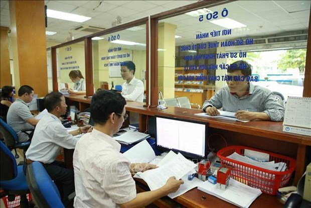 Finance Ministry suggests further extending tax payment deadline hinh anh 1