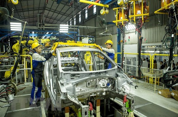 Vietnamese economy accelerates thanks to recovering manufacturing: Asia Perspective hinh anh 1