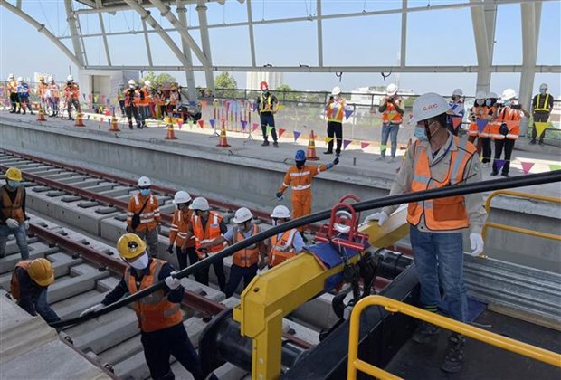 HCM City: Work begins to supply power for Metro Line No 1 hinh anh 1