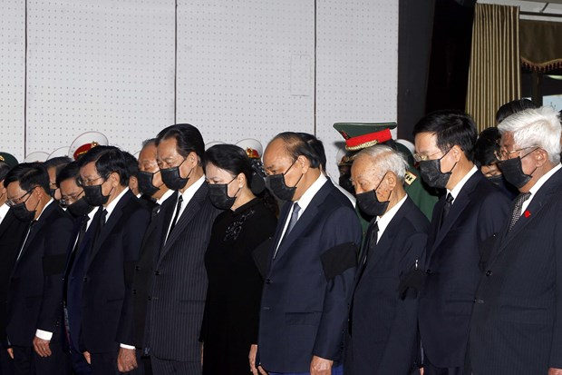 Ceremony held to pay last respects to former Deputy PM Truong Vinh Trong hinh anh 2