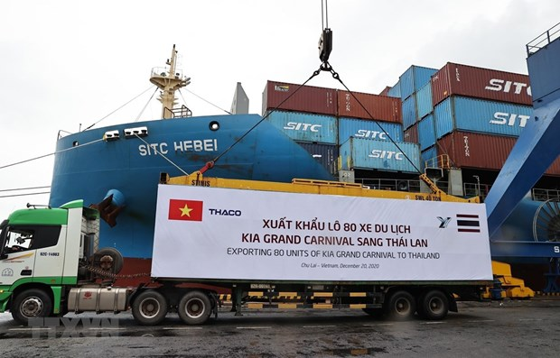 THACO exports largest-ever batch of automobiles, components, spare parts hinh anh 1