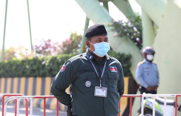 Cambodia to impose harsh measures for foreigners flouting COVID-19 rules hinh anh 1