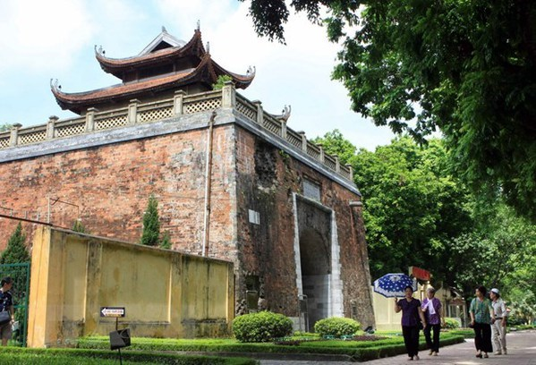Thang Long Imperial Citadel expected to become Heritage Park hinh anh 2