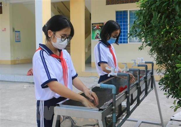 Schools to reopen in HCM City in early March hinh anh 1