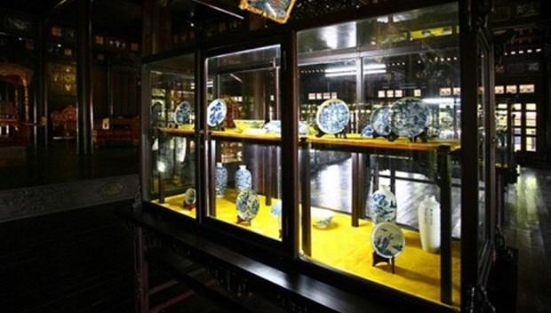 Hue museum displays King Minh Mang's artifacts hinh anh 1