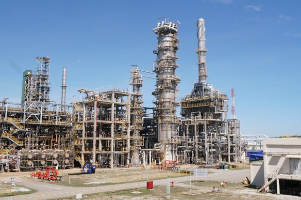 Dung Quat Refinery operates at 108 percent of design capacity hinh anh 1