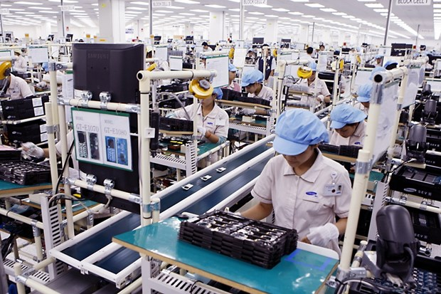 Vietnam lures 5.46 billion USD in foreign investment hinh anh 1
