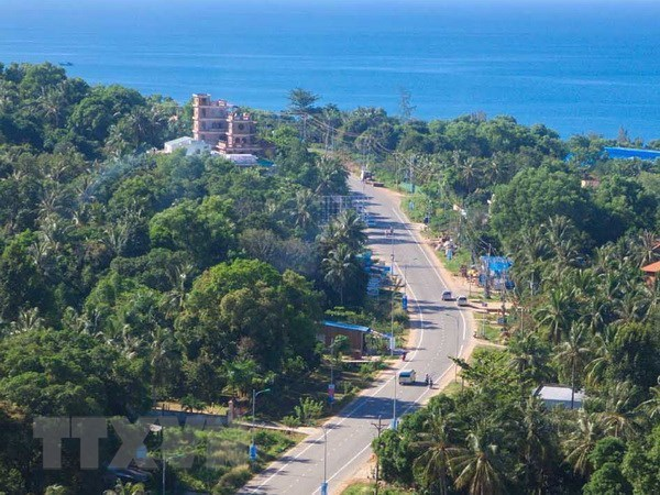 Kien Giang targets welcoming 7 million tourists this year hinh anh 1