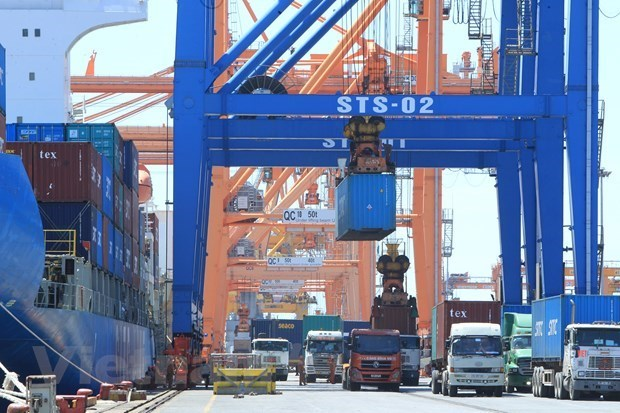 Vietnam racks up 1.29 billion USD in trade surplus in two months hinh anh 1