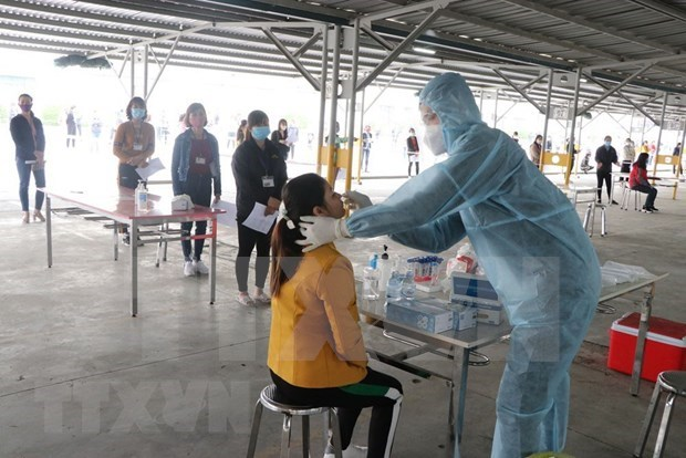 Vietnam records 16 COVID-19 cases on February 28 afternoon hinh anh 1