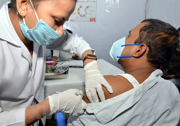 New COVID-19 cases in Indonesia, Malaysia rise sharply hinh anh 1