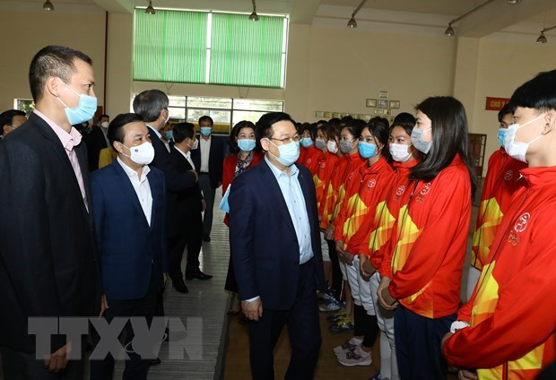 Hanoi leader inspects works for SEA Games 31, ASEAN Para Games 11 hinh anh 2