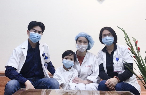 Vietnam's youngest heart transplant patient discharged from hospital hinh anh 1