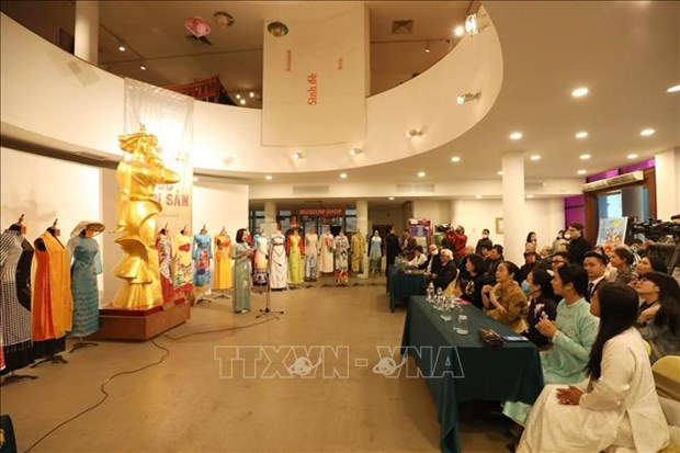 Vietnam Women's Museum receives photos, items hinh anh 1