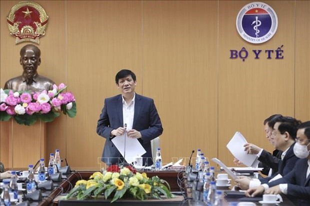 Minister promises greatest efforts to ensure safety in COVID-19 vaccinations hinh anh 1