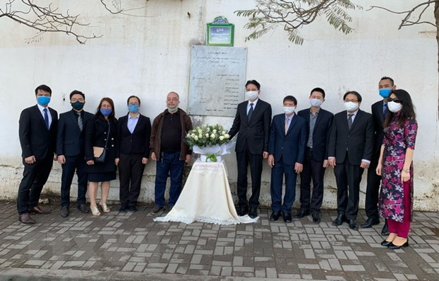 Diplomats commemorate fallen Algerian journalists in Vietnam hinh anh 1