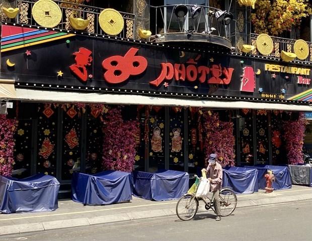 HCM City continues closure of discos, bars, karaoke parlors hinh anh 1
