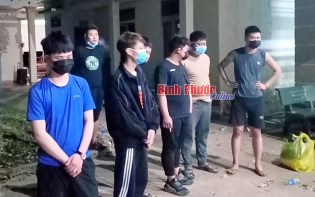 Nine foreigners arrested for illegal entry hinh anh 1