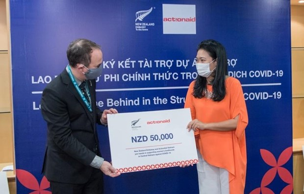 New Zealand supports pandemic-hit informal female workers in central Vietnam hinh anh 1