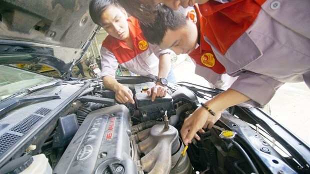 Vocational schools to add new subjects, increase enrolment targets hinh anh 1