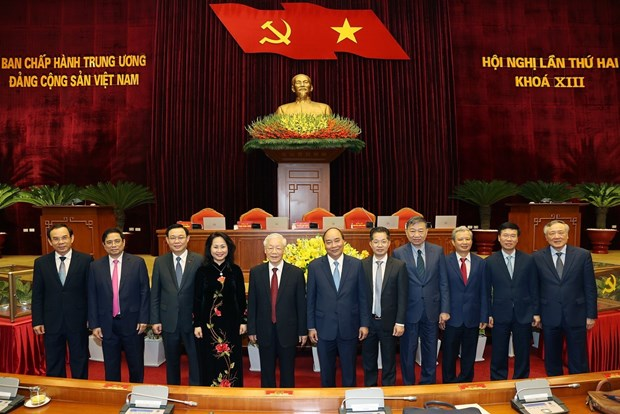 Party Central Committee adopts resolution of second plenum hinh anh 1