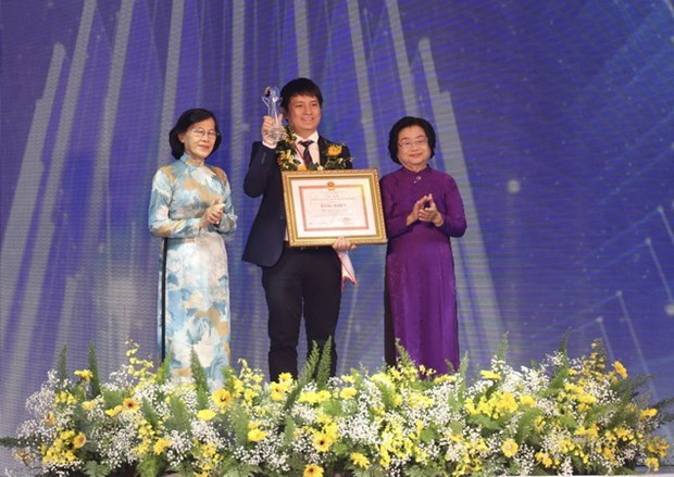 Lists of 20 outstanding, promising young Vietnamese announced hinh anh 1
