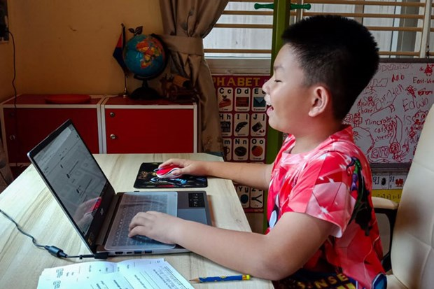 Cambodia launches cyberspace child protection campaign hinh anh 1