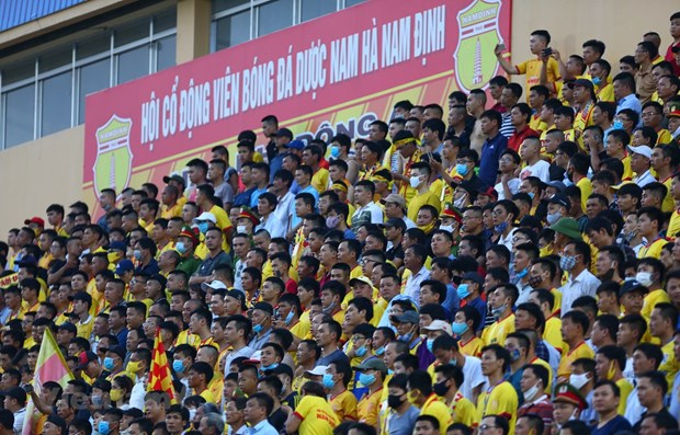 Spectators allowed to attend some V.League 1 matches hinh anh 1