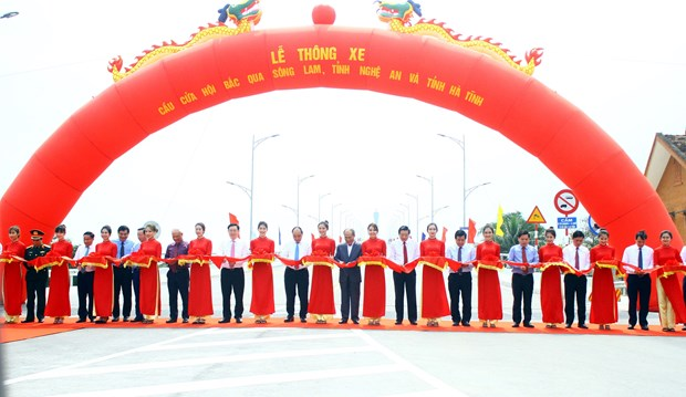Prime Minister asks Nghe An province to lure big, strategic projects hinh anh 2