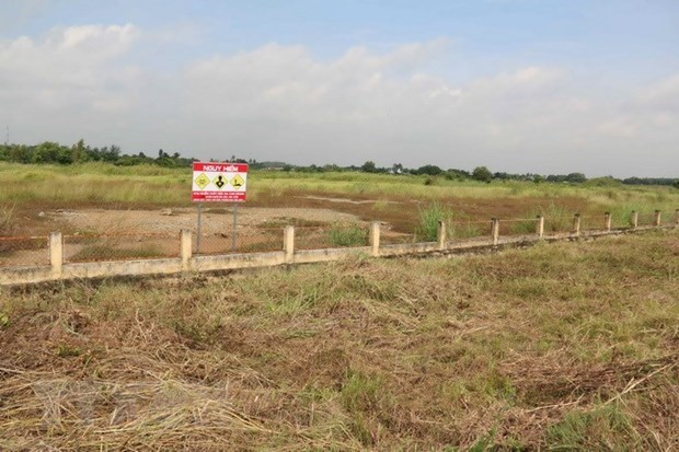 Vietnamese firm selected as prime contractor for Bien Hoa Airbase dioxin remediation project hinh anh 1