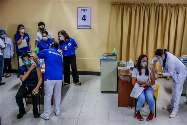 Southeast Asian nations continue to see new COVID-19 infections hinh anh 1