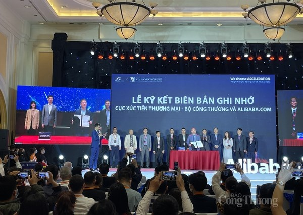 Vietrade, Alibaba.com partner to help firms with online export hinh anh 1