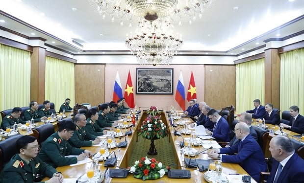 Officials hail Vietnam-Russia cooperation in national defence-security hinh anh 2