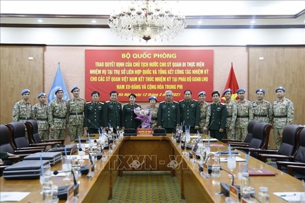 Deputy Defence Minister wants more Vietnamese flags on world peacekeeping map hinh anh 1