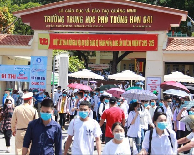 Quang Ninh announces plans to resume classes for students affected by pandemic hinh anh 1