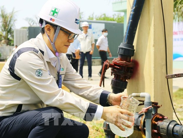 Desalination plants on island district resume operations hinh anh 1