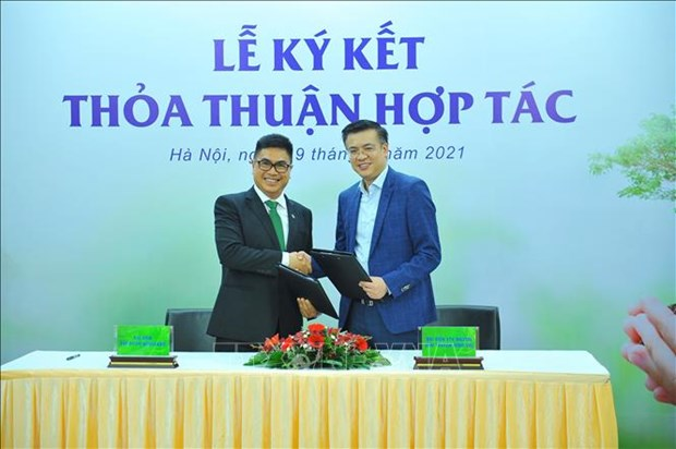 Deal signed to promote Prime Minister's 1-billion-tree initiative hinh anh 1