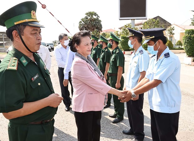 Top legislator works with Kien Giang on election preparations hinh anh 2