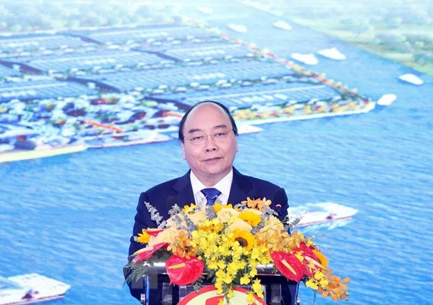 PM attends inaugural ceremony of Phuoc Dong Industrial Park and Port hinh anh 1