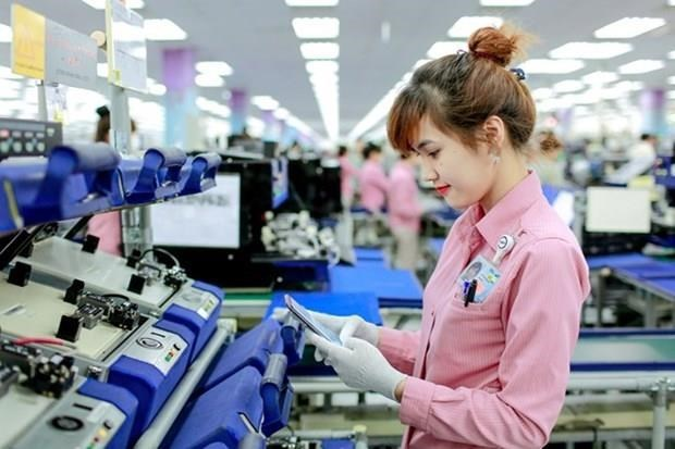 Hanoi strives to have 900 firms in supporting industries hinh anh 1