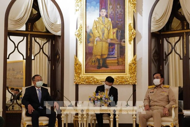 Thai PM attaches importance to strategic partnership with Vietnam hinh anh 1