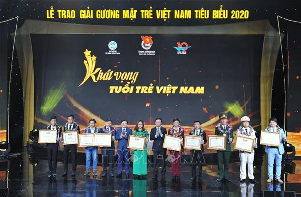 Promising young talents in 2020 honoured hinh anh 1